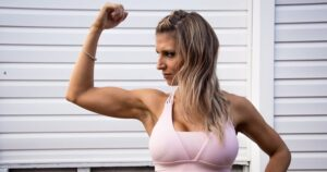 12 Biceps Exercises for Women to Get Slim and Toned Arms